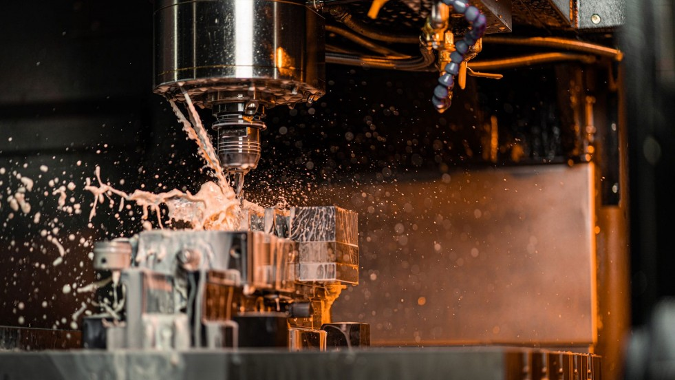 How to Reduce CNC Machining Costs with CNC Machining and Milling